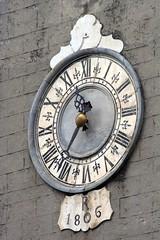Orologio della Chiesa dei Santi Jacopo e Antonio (Matteo Bimonte) Tags: orologio fivizzano lunigiana quadrante chiesadeisantijacopoeantonio