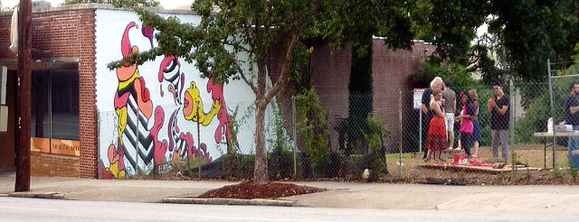 P1130329-2011-07-30-Four-Coats-Murals-Beep-Beep-by-Lucha-Rodriguez