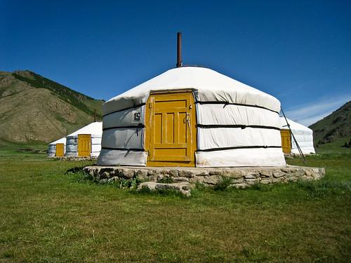 Ger camp at Tsagaan Nuur