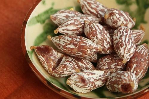 La Gruyère Baumnuss aux Noix (or Perles de Salami Noix)
