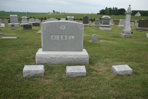 Henry Kiesel grave site