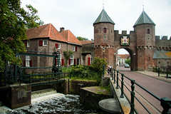Koppelpoort (k.dmitrijewa) Tags: bridge dutch architecture digital gate europe nederland medieval paysbas amersfoort niederlande hollandia koppelpoort holandia pasesbajos  alankomaat  nizozemska pennyjey