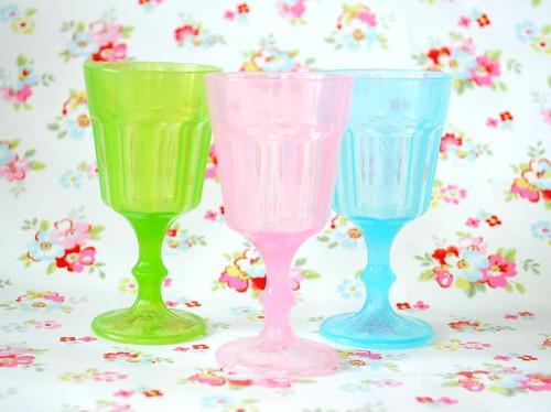 Plastic mini goblets