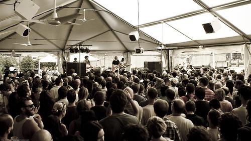 20110731-07.31.11b Raveonettes @ Beekman Beer Garden (5)