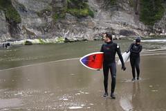 Surfers at Oswald Beach (ZnE's Dad) Tags: oregon surfer pacificnorthwest oregoncoast shortsands oswaldstatebeach