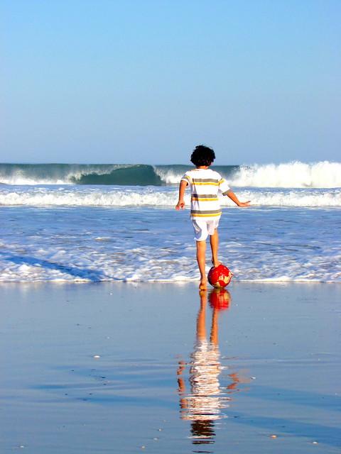 Bola e praia 2