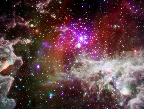 The 'Pacman Nebula' (NASA, Chandra, Spitzer, 09/28/11)