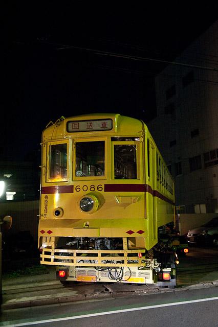 都電荒川線6000形 6086号車 荒川車両検修所へ陸送