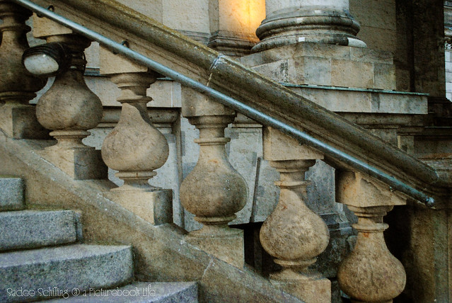 stairs and pillars--Berliner Dom