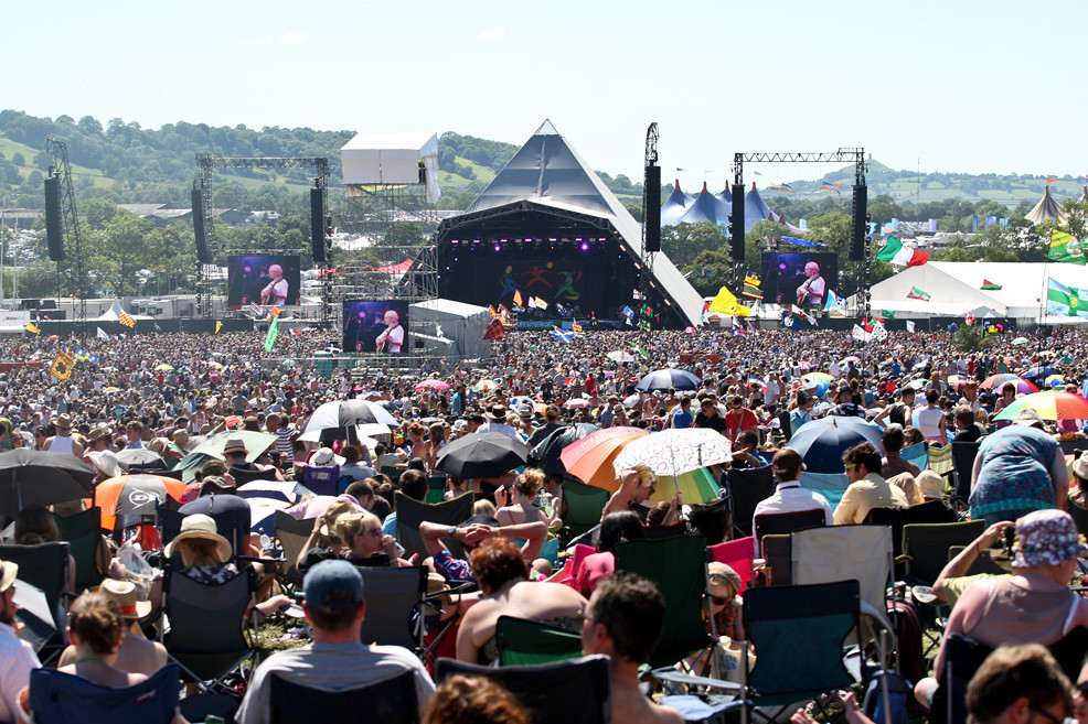 Photo: Tom Martin/NME http://www.nme.com/blogs/the-big-picture/glastonbury-2011-the-big-picture