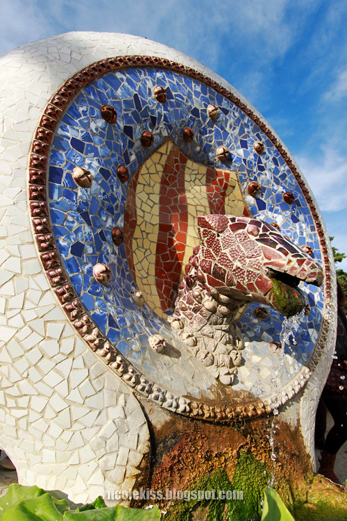 mosaic sculpture
