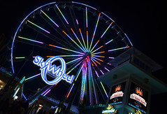SkyWheel Lights Up The Night (PreludeVTEC01) Tags: show light sky beach sc wheel night myrtlebeach evening nikon south southcarolina ii carolina boardwalk myrtle nikkor lightshow mb vr 18200mm f3556g eveningnight d7000 nikond7000 myrtlebeachboardwalk nikonnikkor18200mmf3556gvrii myrtlebeachskywheel