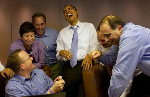 Obama-Laughing-on-AF1
