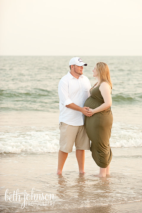 maternity session on the beach in florida