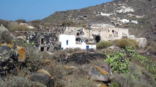 The (mostly) abandoned village of Kera on Therasia, Santorini