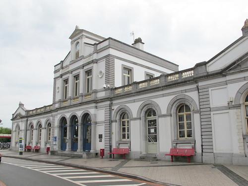 Ronse station
