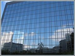Huserfront (Dieter14 u.Anjalie157) Tags: ffm hochhuser neubaugebiet arbeitspltze riedwiesemertonviertel
