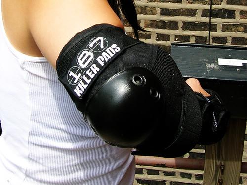 187 elbow pad