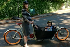 This mamma is stoked! (METROFIETS) Tags: green beer bike bicycle oregon garden portland construction paint nw box handmade steel weld coat transport craft cargo torch frame pdx custom load cirque woodstove builder haul carfree hpm suppenkuche stumptown paragon stp chrisking shimano custombike cargobike handbuilt beerbike workbike bakfiets cycletruck rosecity crafted 4130 bikeportland 2011 braze longjohn paradiselodge seattlebikeexpo nahbs movebybike kcg phillipross bikefun obca ohbs stokemonkey jamienichols boxbike handmadebike oregonhandmadebikeshow nntma hopworks metrofiets cirqueducycling oregonmanifest matthewcaracoglia palletbike oregonframebuilder seattlebikeshow bikefarmer trailheadcoffee