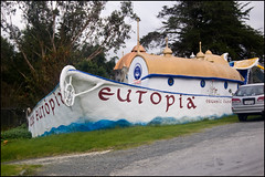Cafe Eutopia, along SH1 in Kaiwaka