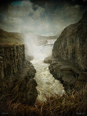 Melodia estrident / Strident melody (Duarja) Tags: cliff river iceland ltytr2 ltytr1 ltytr3 magicunicornverybest magicunicornmasterpiece cruzadasii cruzadasi