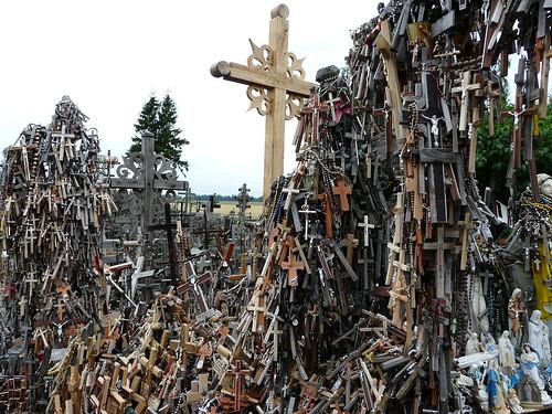 Detalle de la colina de las cruces