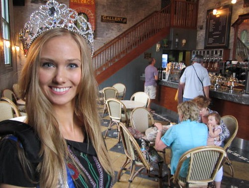 Lauren Howe, 2011 Miss Teenage Canada, blog, Distillery District