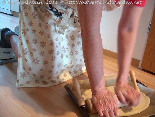 Frau Küchenlatein immer passend gekleidet ...