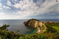 PLAYA DEL SILENCIO (penn84^^) Tags: sea espaa costa seascape beach water canon de landscape eos mar spain agua flickr sigma asturias playa paisaje el 7d gran mm angular 1020 paraiso virgen cudillero acantilado patria principado querida norte occidental panormica asturies cantbrico ecosistema flickrestrellas flickraward gavieru