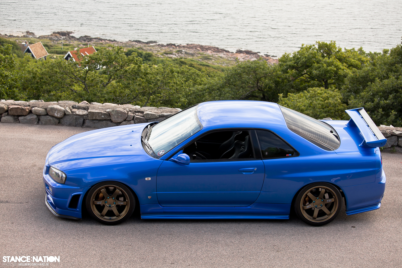 Form and function Skyline R34