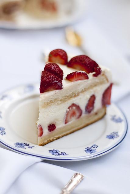 Fresh fraisier