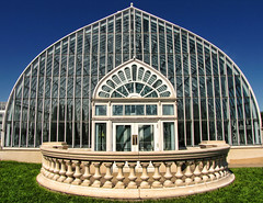 The Sunken Garden (-Chad Johnson) Tags: glass garden symmetry sunkengarden stpaulminnesota comoparkzooconservatory