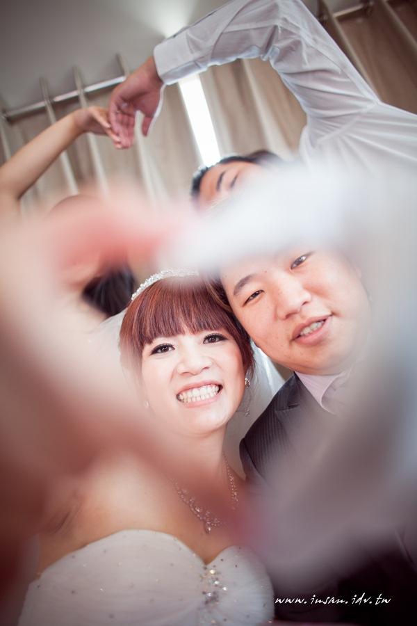 wed110619_572