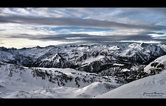 Pirineos (Yavanna Warman {off}) Tags: winter sky espaa sun white snow ski mountains cold blanco ice nature beautiful clouds forest sunrise landscape spain nieve nevada valle peak paisaje pic amanecer skiresort cielo nubes invierno iced snowfall beret fro hielo mirador catalua daybreak cordillera picos montaas vielha baqueira pirineos lleida esqu bosques viella valdaran aneto lrida baqueiraberet bonaigua tanau valledearn montarto vaqueira aneu estacindeesqu argulls arananeu