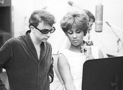 Phil and Darlene Love