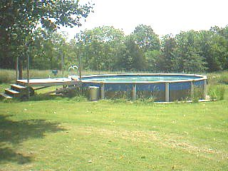 24' x 24' octagonal above-ground pool