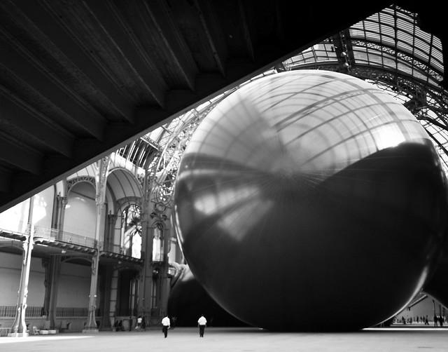 Leviathan Outside (Anish Kapoor), par Franck Vervial