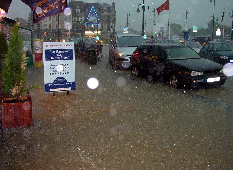 orage et pluies diluviennes à Trouville le 1er juin 2003 météopassion