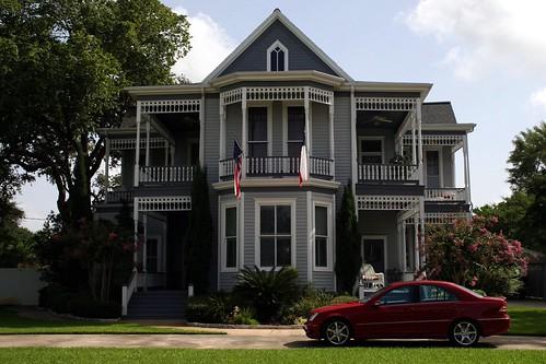 bell-long residence