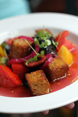 cherry tomato salad croutons
