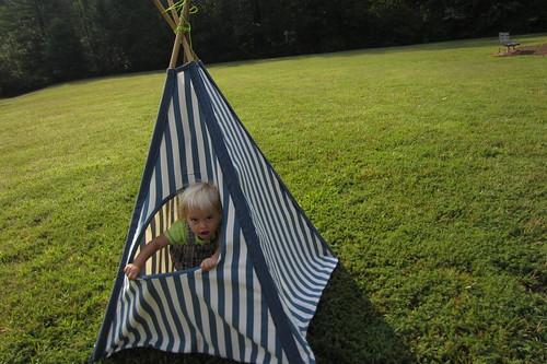 Hideaway play tent - Peeping climber