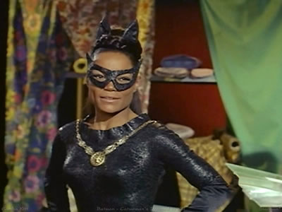 batman13catwomaneartha