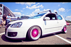 Waterfest 17 - MK5 VW Pink Wheels (Unitronic) Tags: pink vw volkswagen wheels performance turbo software chip modified tune gti audi lowered dropped carshow modded modify waterfest mk5 unitronic unitronicchipped