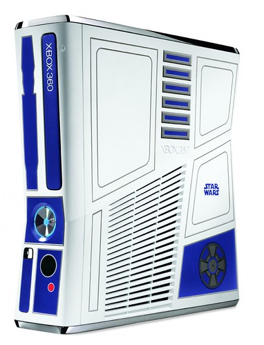 R2-D2 and C-3PO Inspired Xbox 360 Kinect Limited Edition Bundle