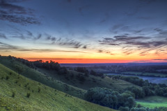 Beacon Bin Failure (Mattino Leggero) Tags: blue sunset red sky green yellow landscape high long exposure hill hampshire late berkshire beacon newbury