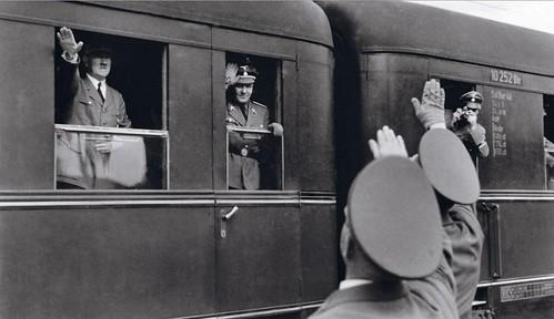 Fotógrafo oficial del régimen nazi, el austriaco Franz Krieger tomó la crónica en imágenes del viaje del führer a Polonia en 1941.