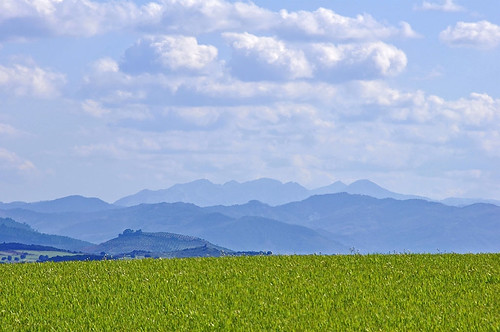 Siluetas de mi tierra - Silhouettes of my land by Marco Antonio Losas