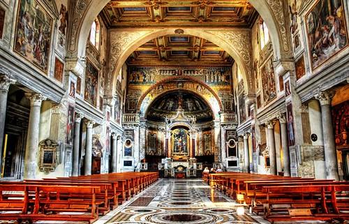Nave y Altar