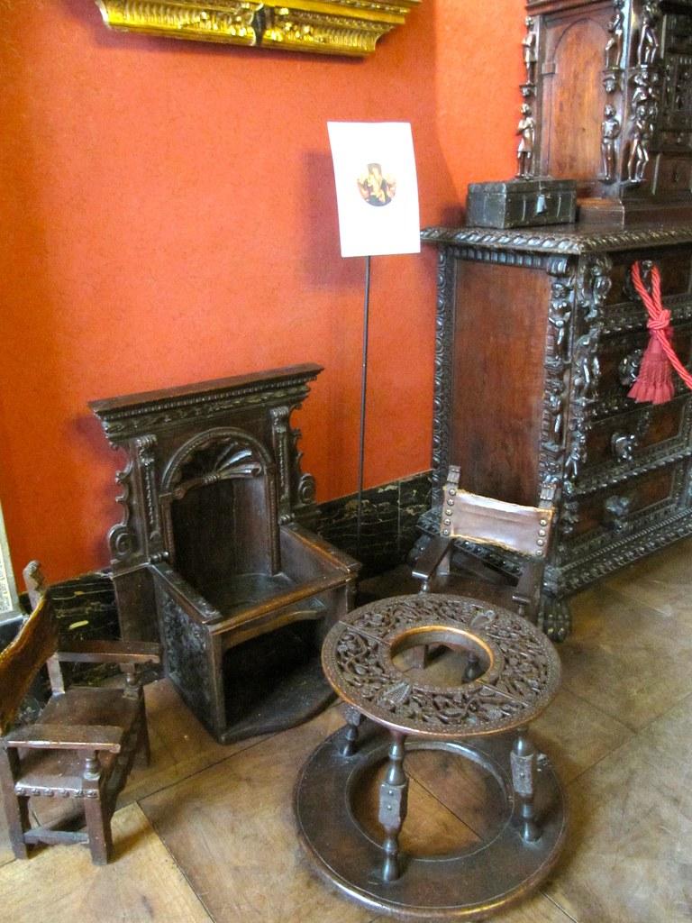 Renaissance Childrens' Furniture