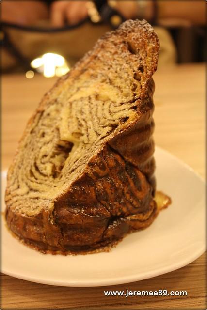 Levain Boulangerie & Patisserie @ Off Jalan Imbi, Kuala Lumpur - Chocolate Log Bread